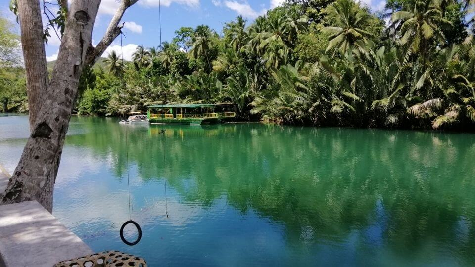 Things to do in Bohol with kids-Loboc river town