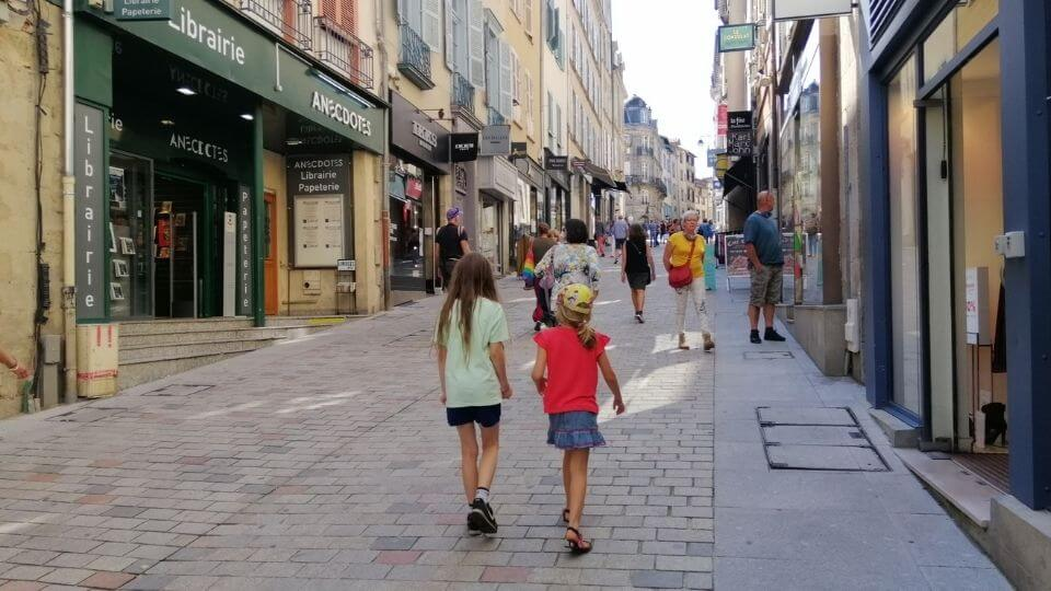 Things to do in Poitou Charentes-Limoges-Ayla and friend in town