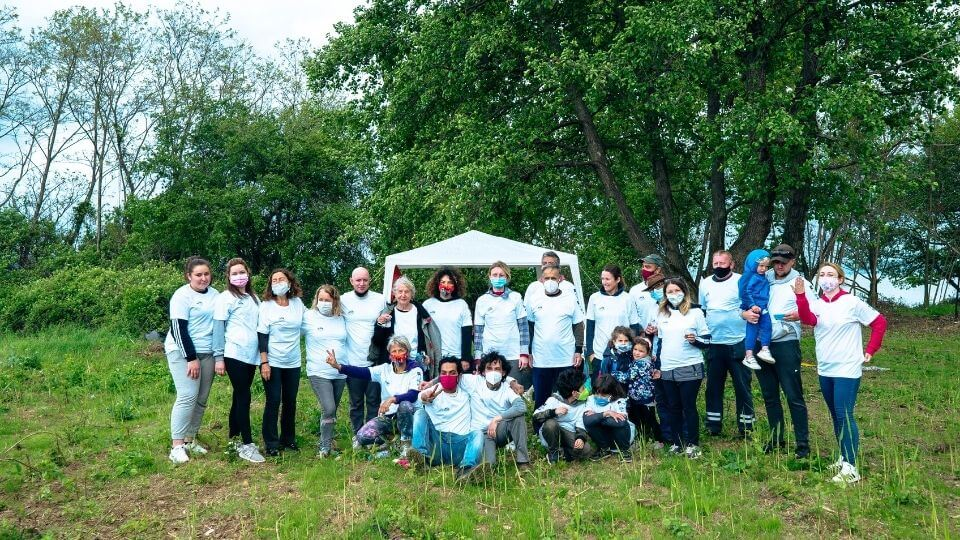 Thigns to do in Ohrid-visit divine farms-beach cleanup team